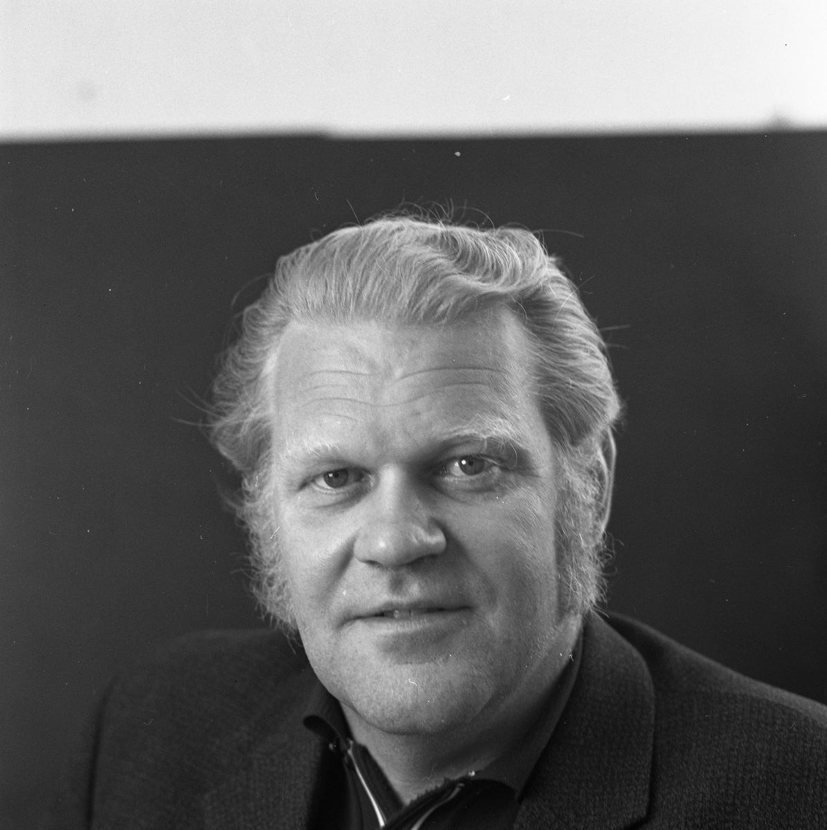 """Astor Karlsson, kallad """"Byggar´n"""". Facklig företrädare på AMV, Arboga Mekaniska Verkstad. Porträtt"""