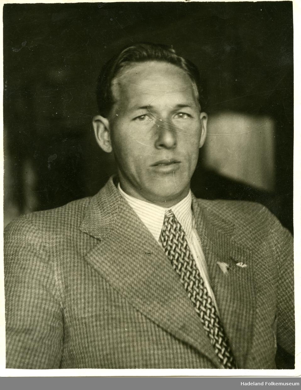 Portretter av Hans Engnestangen