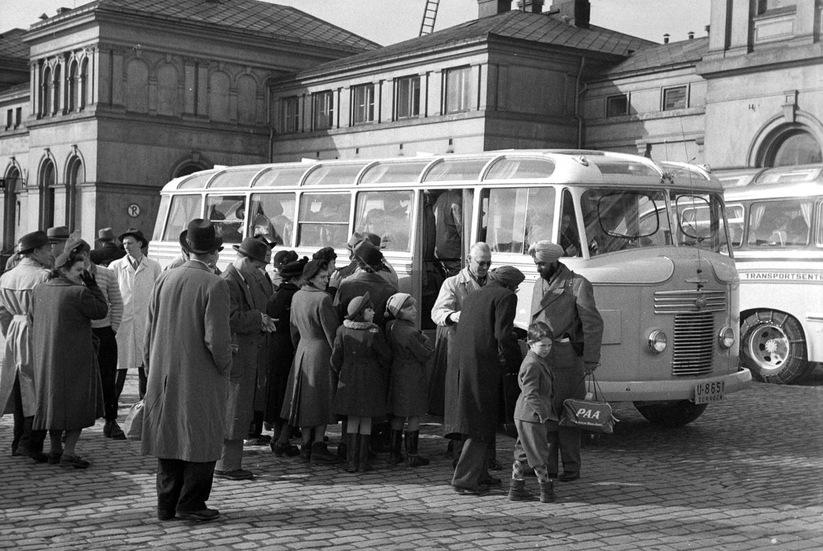 Togpassasjerer må kjøre buss