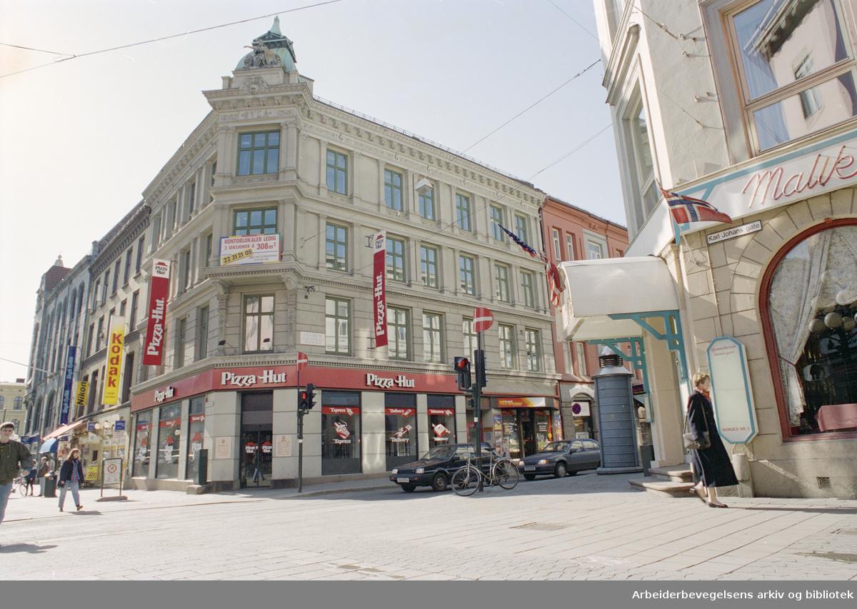 Oslo: Karl Johans gate 6. 9. mai 1996