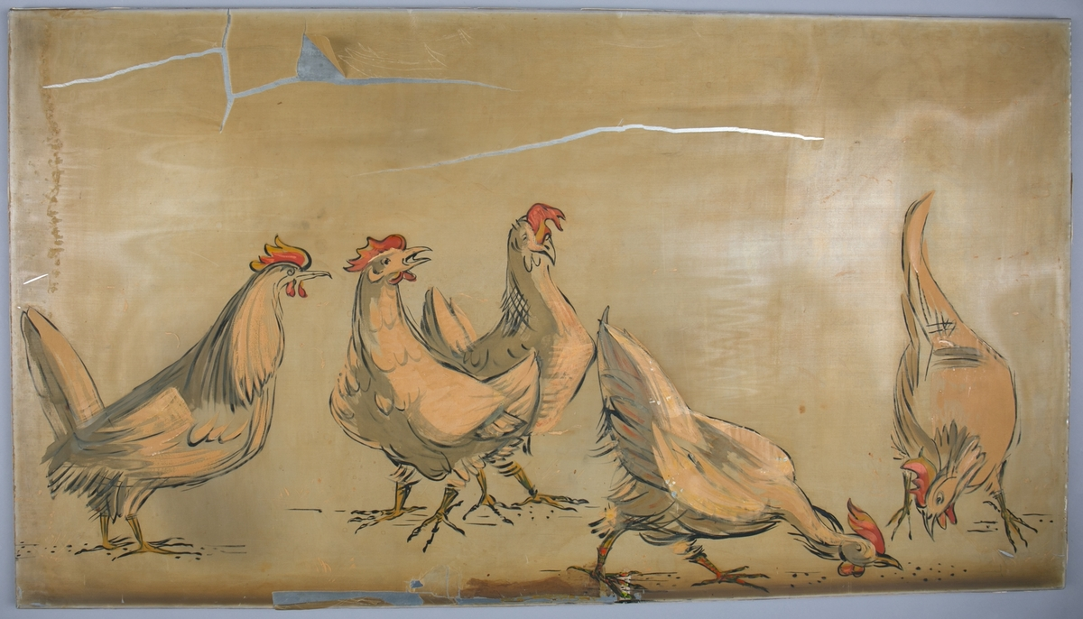 """Silkemaleri med motiv av """"Fem høner"""". Har vært dekor på hurtigruteskipet LEDA tilhørende BDS."""