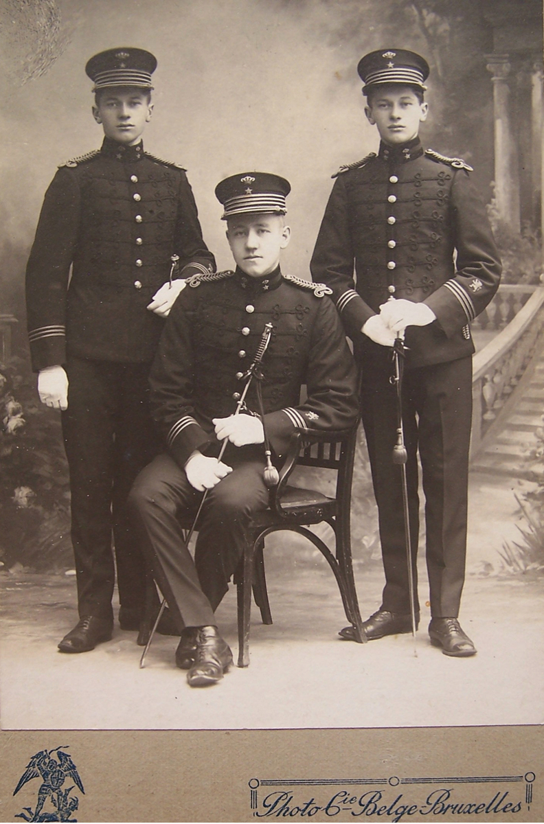 Norsk sekondløytnant med tjeneste i Fristaten Kongo og Belgisk Kongo mellom 1908 og 1914 eller 1917.