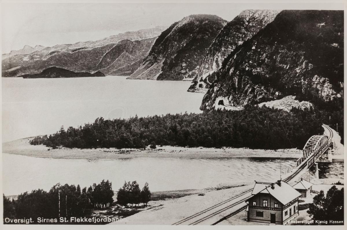 Flekkefjordsbanen ved Sirnes Stasjon, utsikt mot Tronåsen