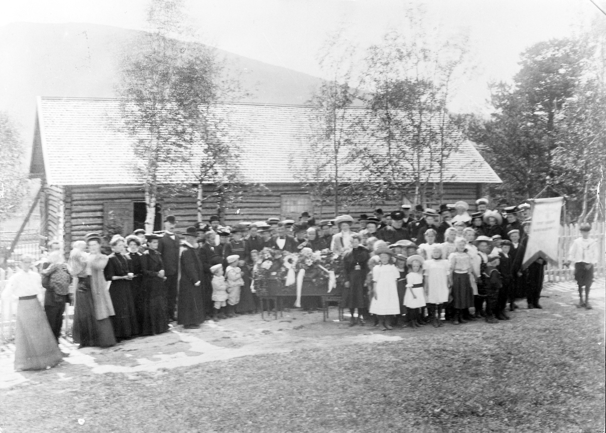 "Begravelse ved Losjehuset ""Ljosheim"""