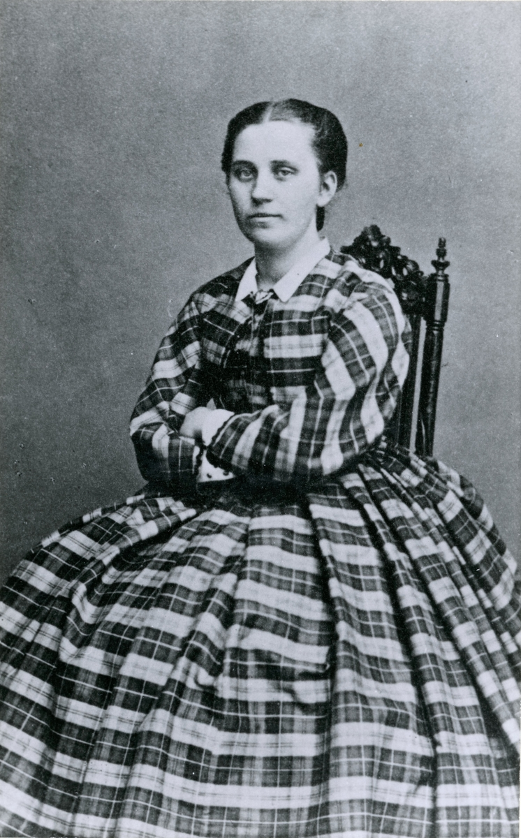 Postmästare Selma Margaretha Andersson, i Ljusne, Sveriges första kvinnliga postmästare.