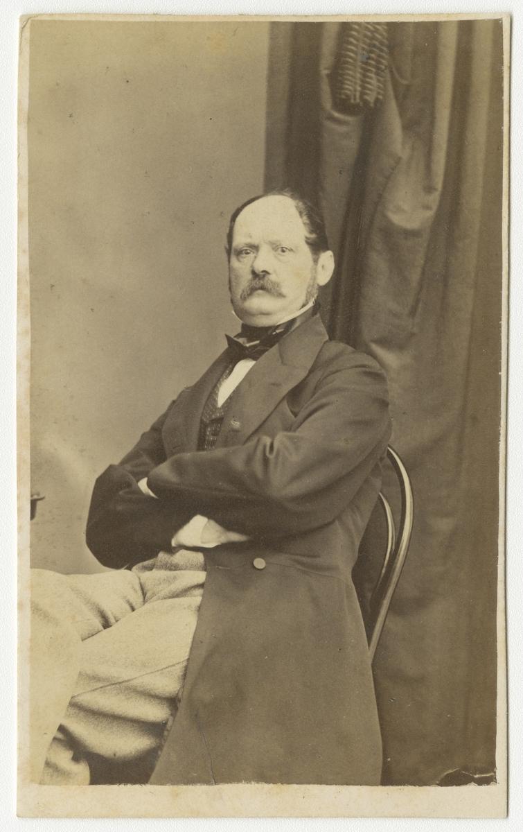 Porträtt av Erik Magnus af Klint, överste vid Andra livgrenadjärregementet I 5.  Se även bild AMA.0001903.