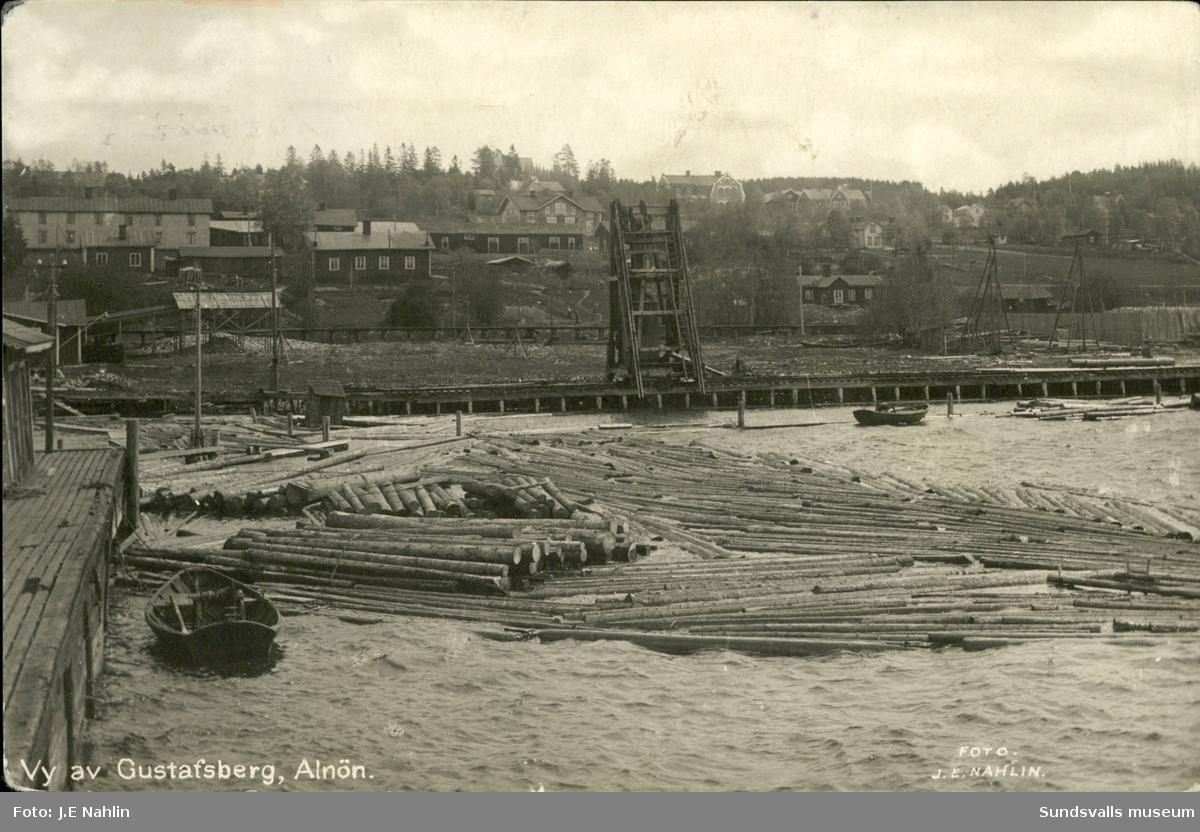 Vykort med motiv över Gustavsbergs sågverk på Alnö.