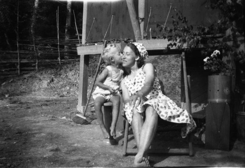 Ferieidyll ved Randsfjorden ca 1950. Eier: Randsfjordmuseet