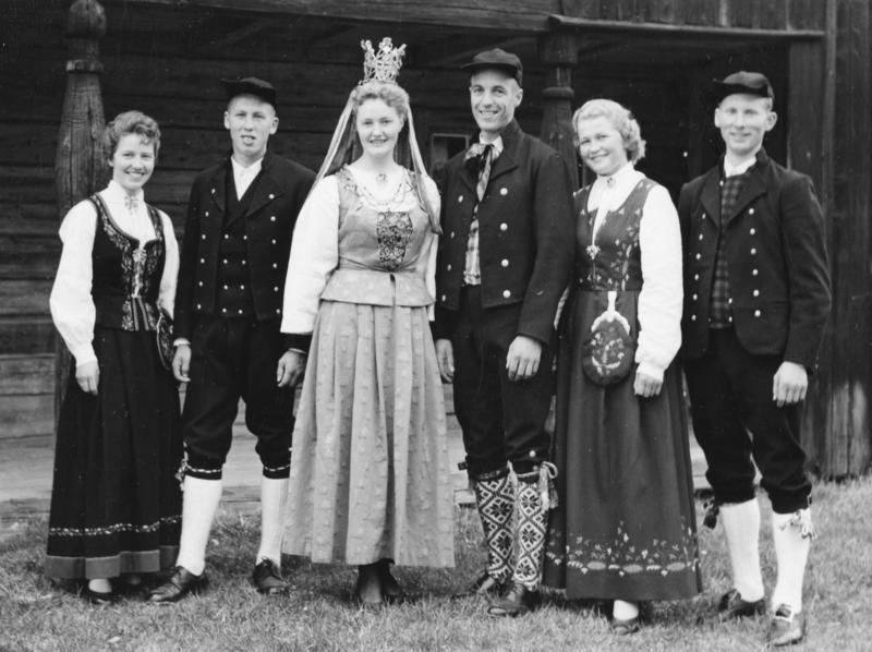 Glomdalsbruden. Utflytterdagen Glomdalsmuseet 1958 (Foto/Photo)