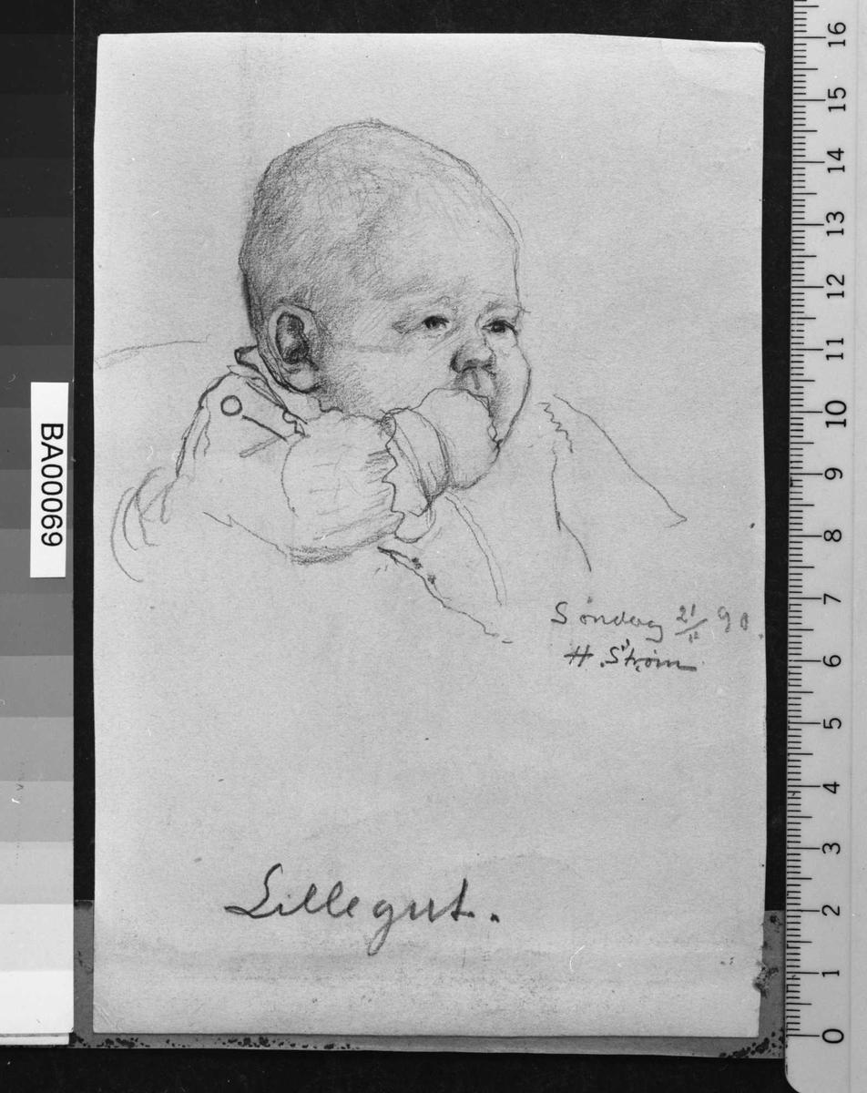 Barneportrett; tegnet hode, høyre arm løftet med fingre i munnen og knapp og blondekanter antydes på blusen.