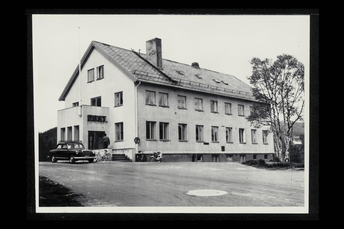 eksteriør, postkontor, 9300 Finnsnes