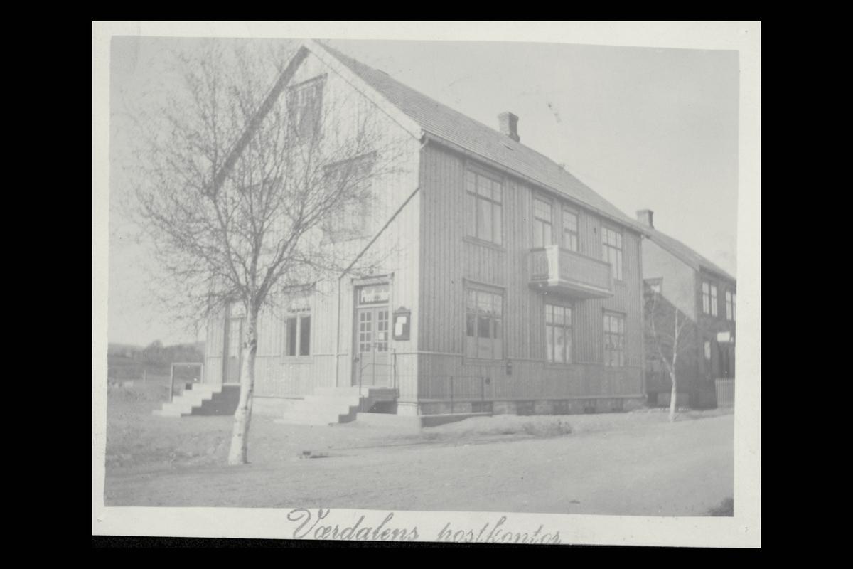 eksteriør, postkontor, 7650 Verdal, postskilt