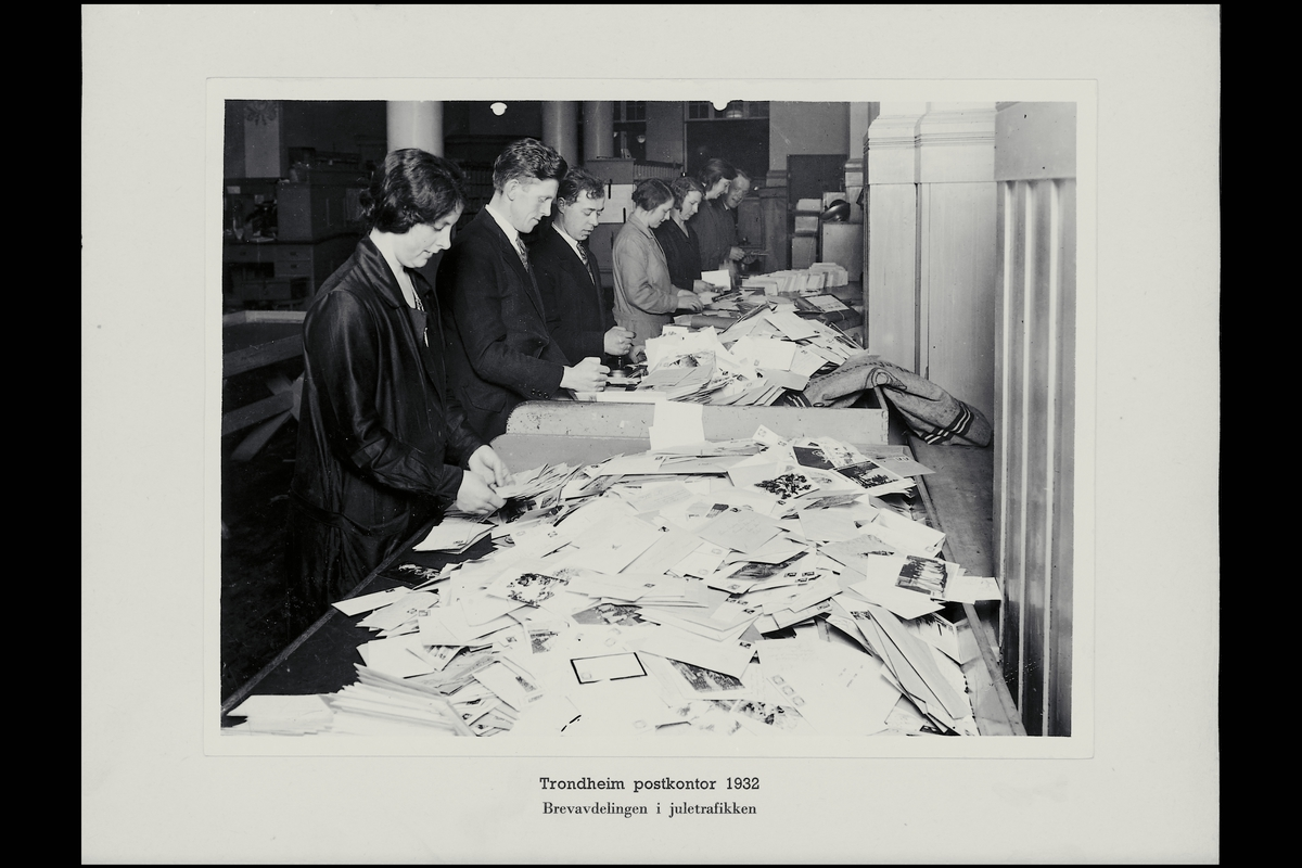 interiør, postkontor, 7007 Trondheim, brevavdeling, sortering, personale