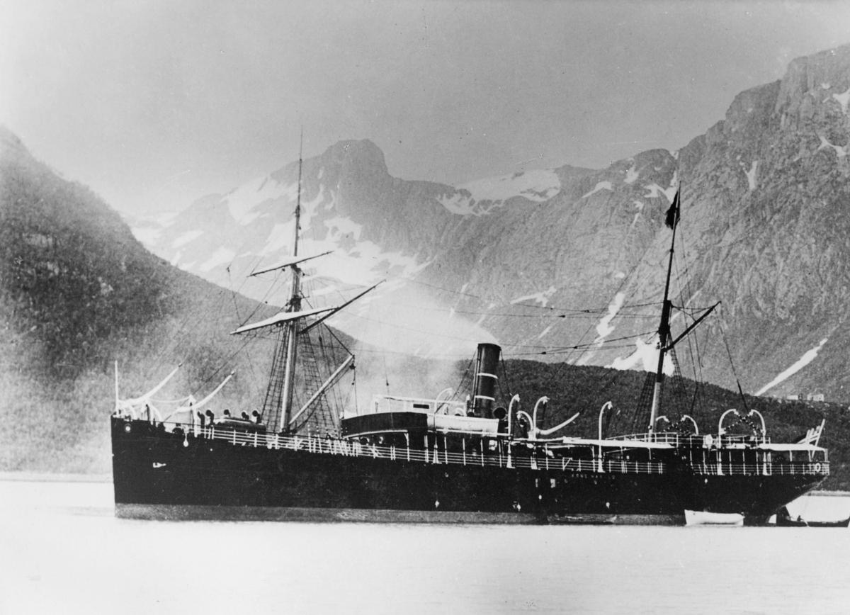 transport båt, eksteriør, D.S. Kong Harald