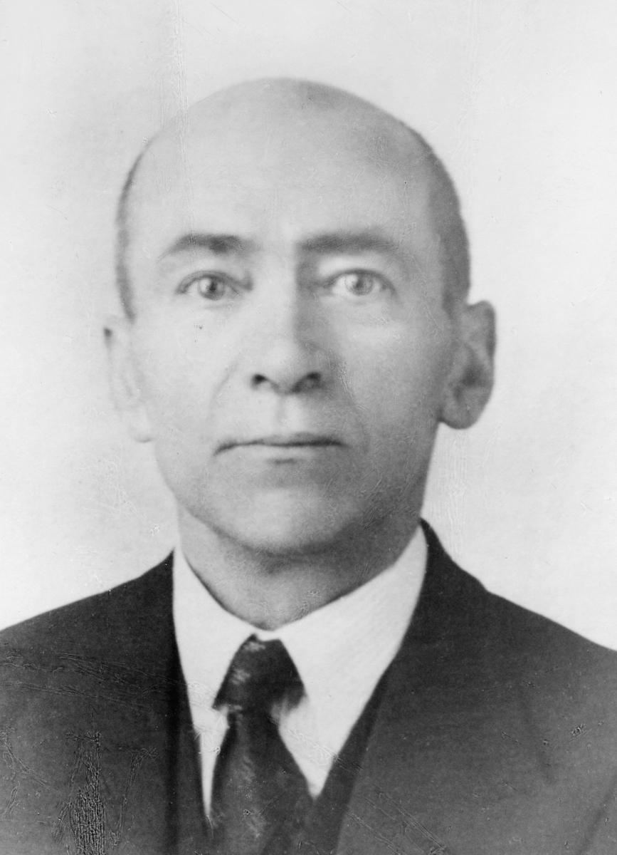 portrett, postmester, Harald August Hundal