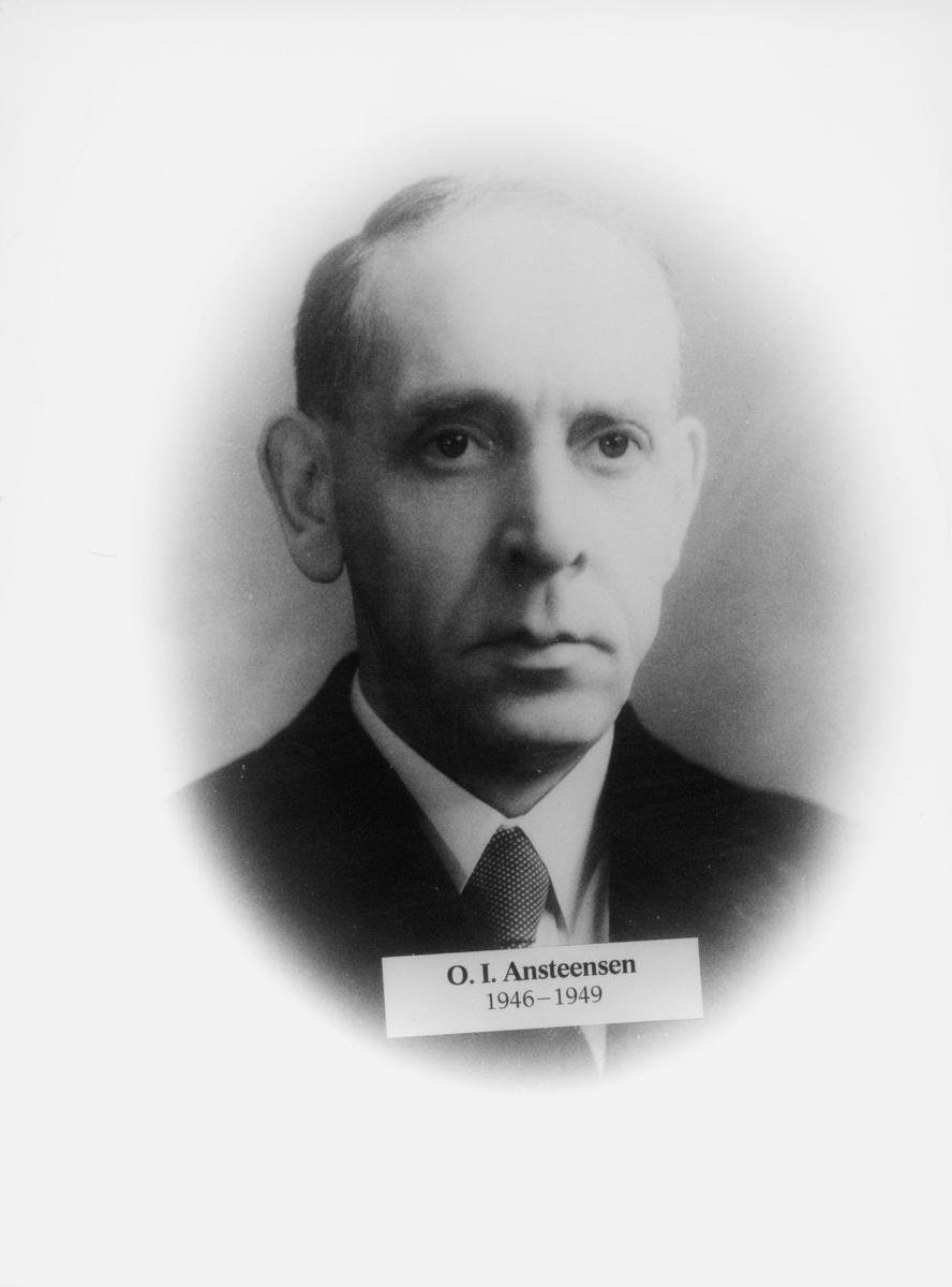 postmester, Ansteensen O. I., portrett