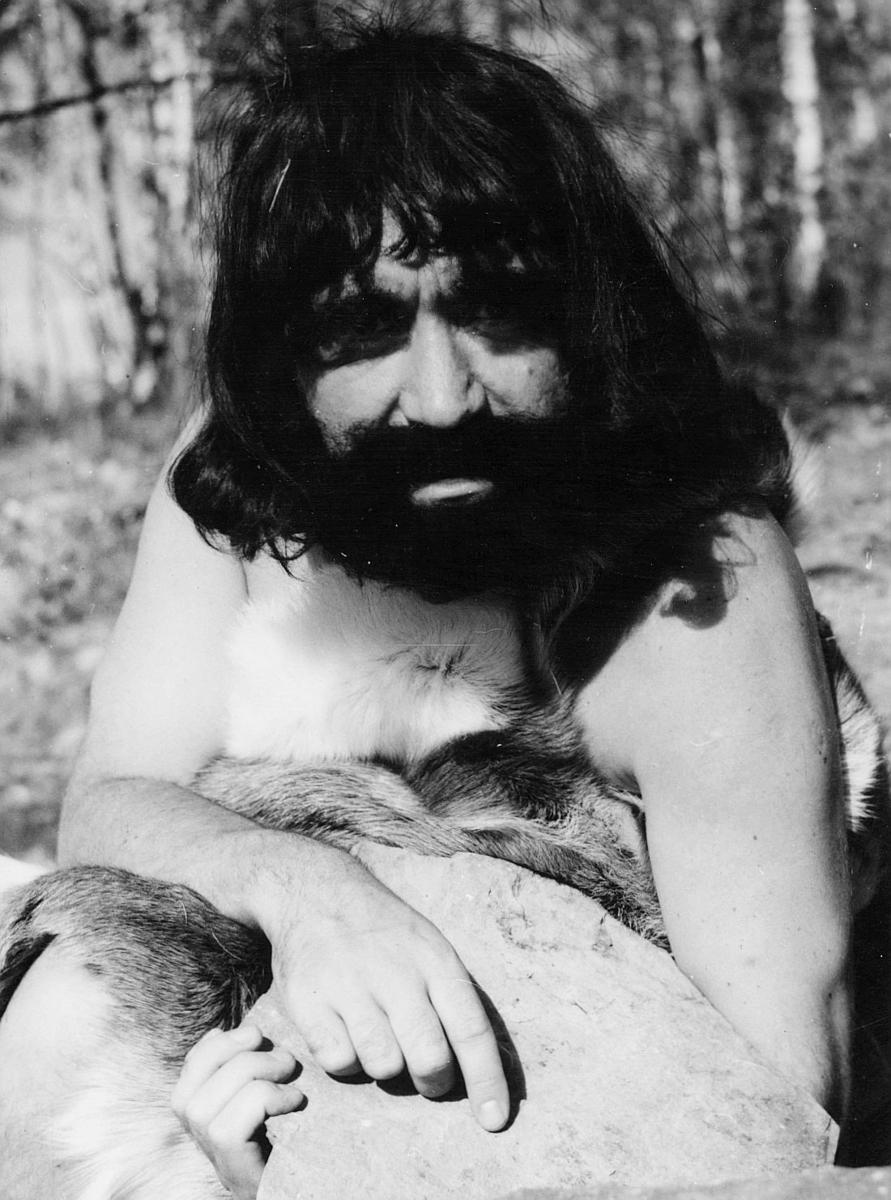 person, Bjørn Stenberget, eksteriør, steinalder, postfilm