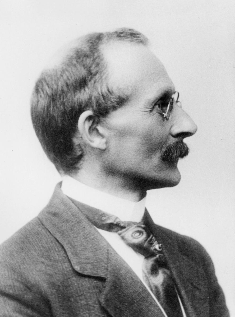 portrett, mann, K.L. Bull