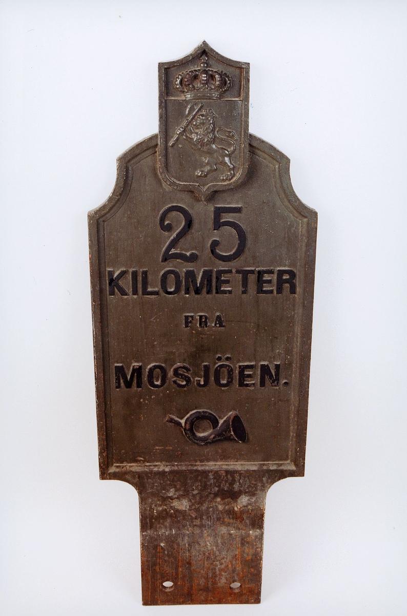postmuseet, gjenstander, kilometertavle, 25 kilometer fra Mosjøen