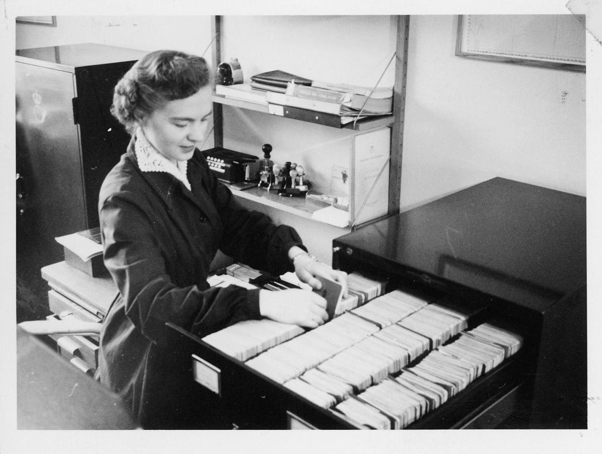 postsparebanken, dame, interiør, postlogo, arkivering