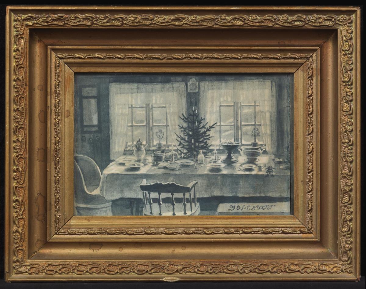 Dekket bord m. juletre på midten, 2 stoler, 2 vinduer
