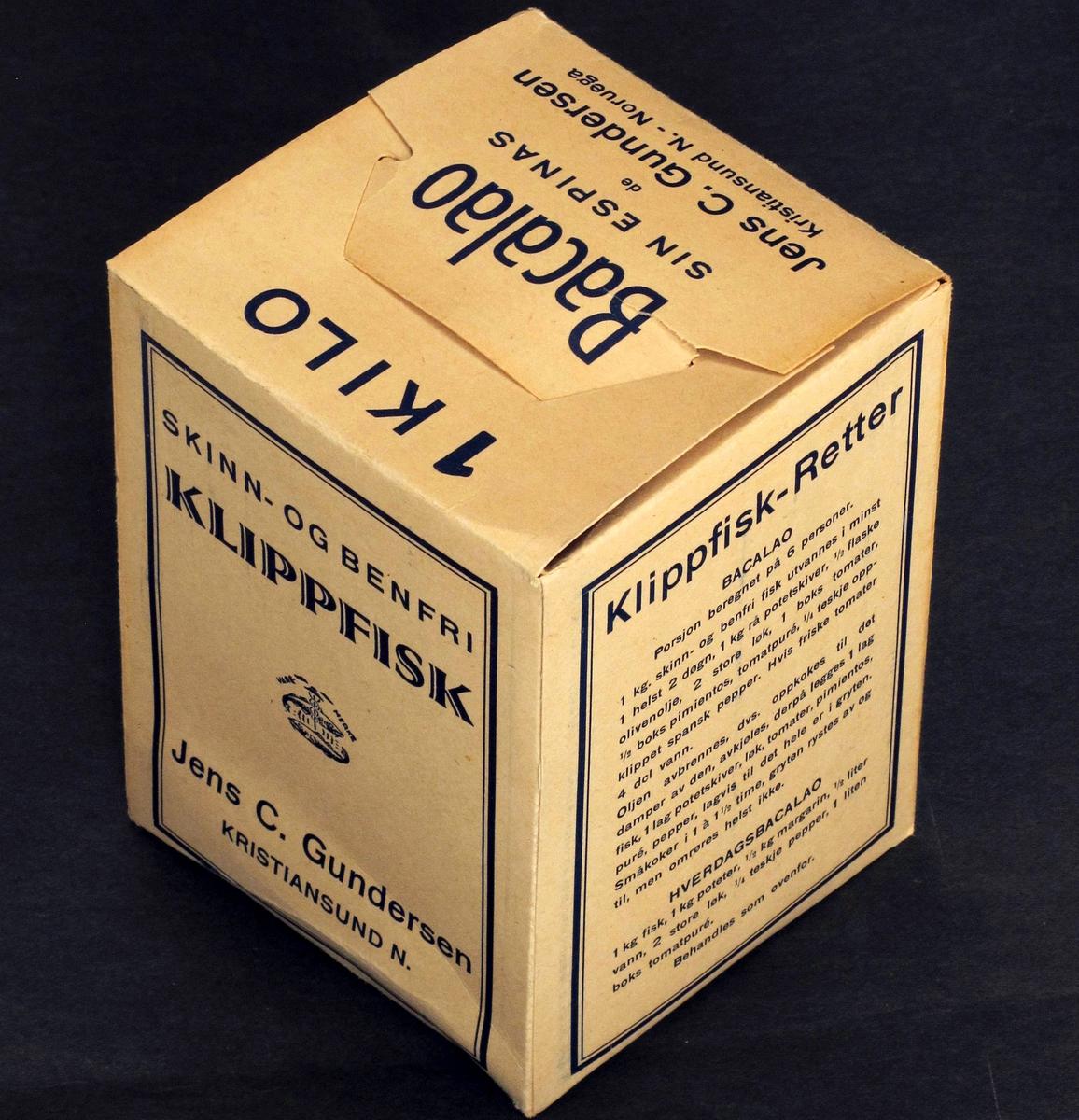 Eske, ubrukt.   Kartong, med trykt logo og tekst, bl.a oppskrift. Blå trykkfarge.