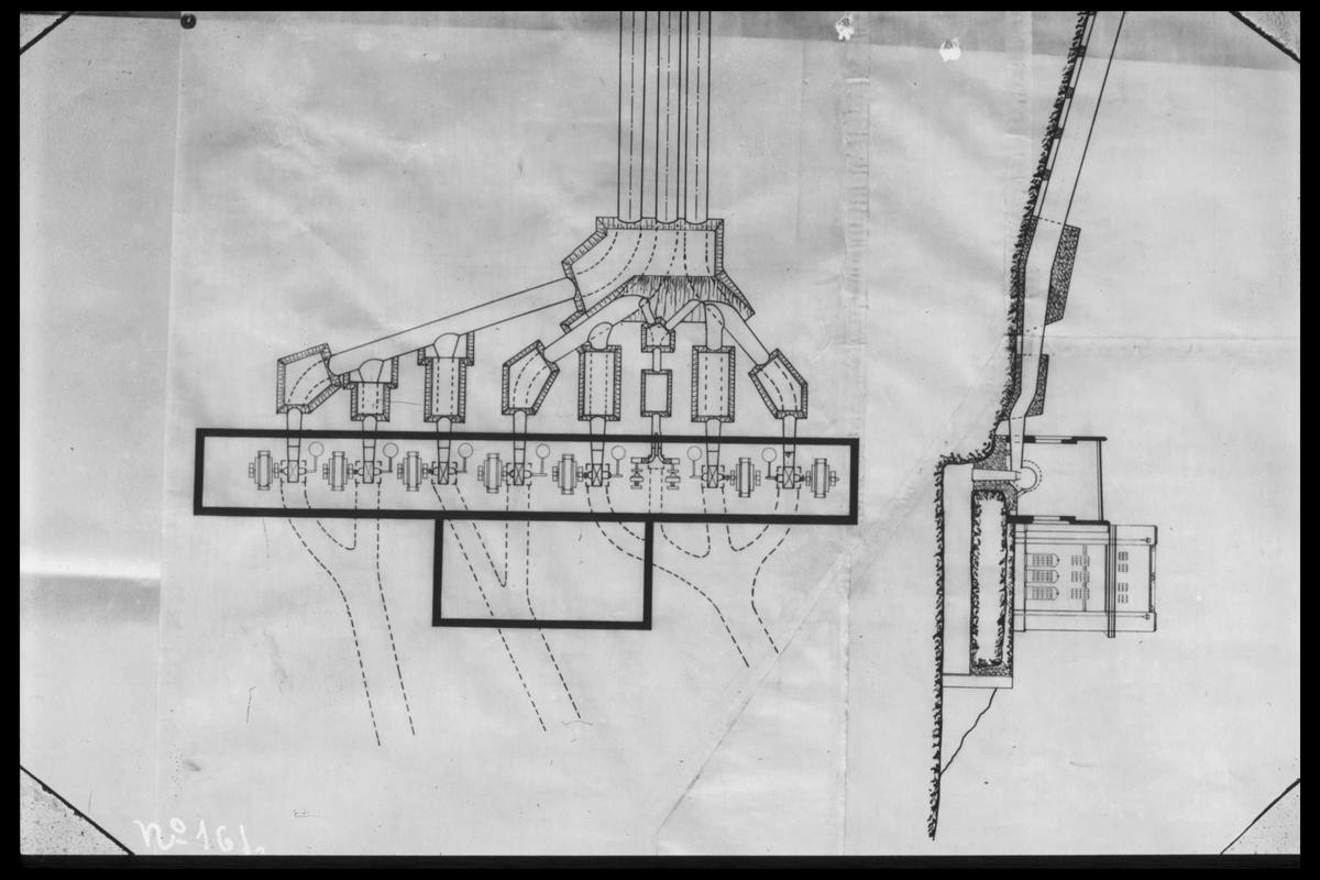 Arendal Fossekompani i begynnelsen av 1900-tallet CD merket 0469, Bilde: 33 Sted: Bøylefoss Beskrivelse: Skisse av kraftstasjon med rørgaate