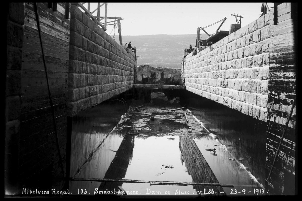 Arendal Fossekompani i begynnelsen av 1900-tallet CD merket 0474, Bilde: 60 Sted: Småstraumene Beskrivelse: Sluser