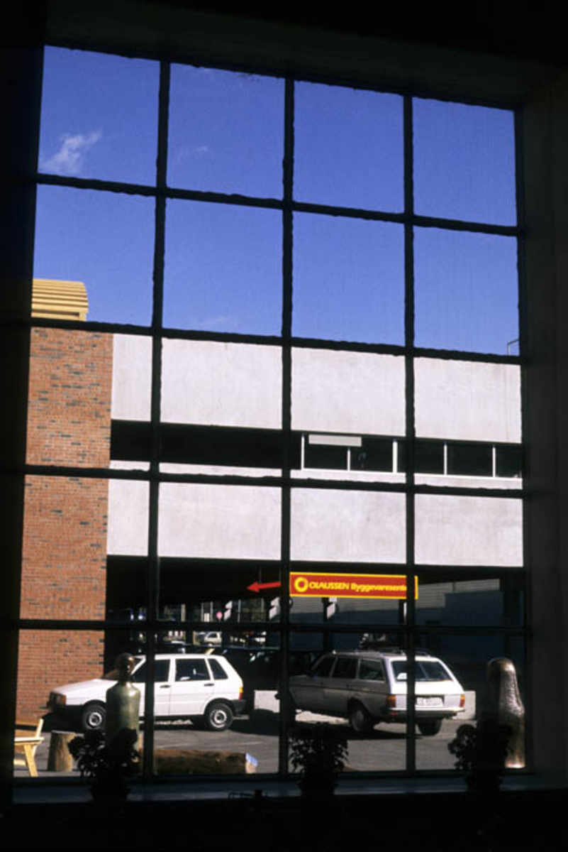 Utsikt fra Kultursenterets resepsjon.
