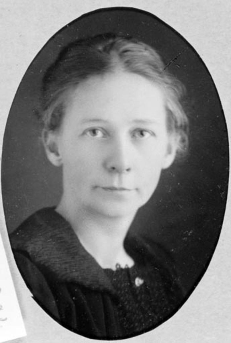 Jenny Mengshoel (11.01.1884-27.04.1963).