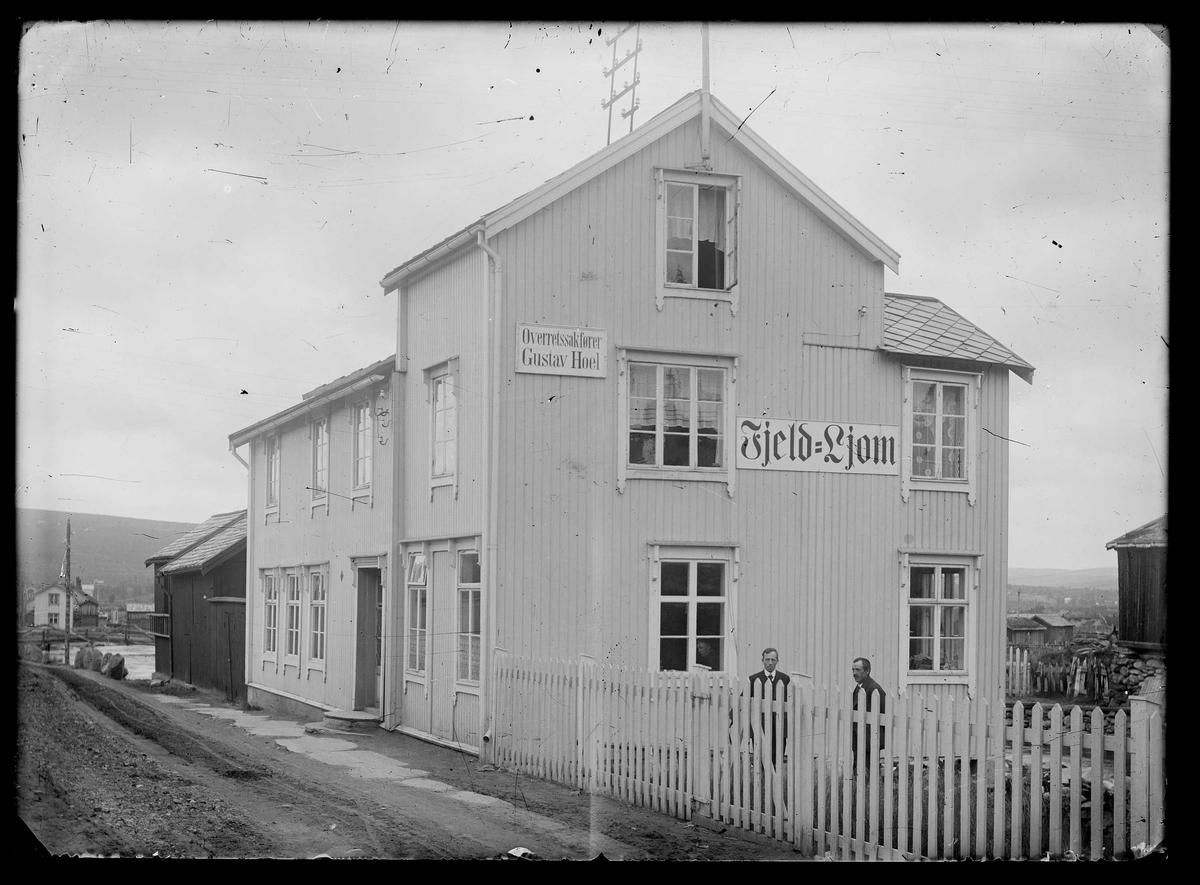 Avishuset Fjeld-Ljom ved Hitterelva, 1917