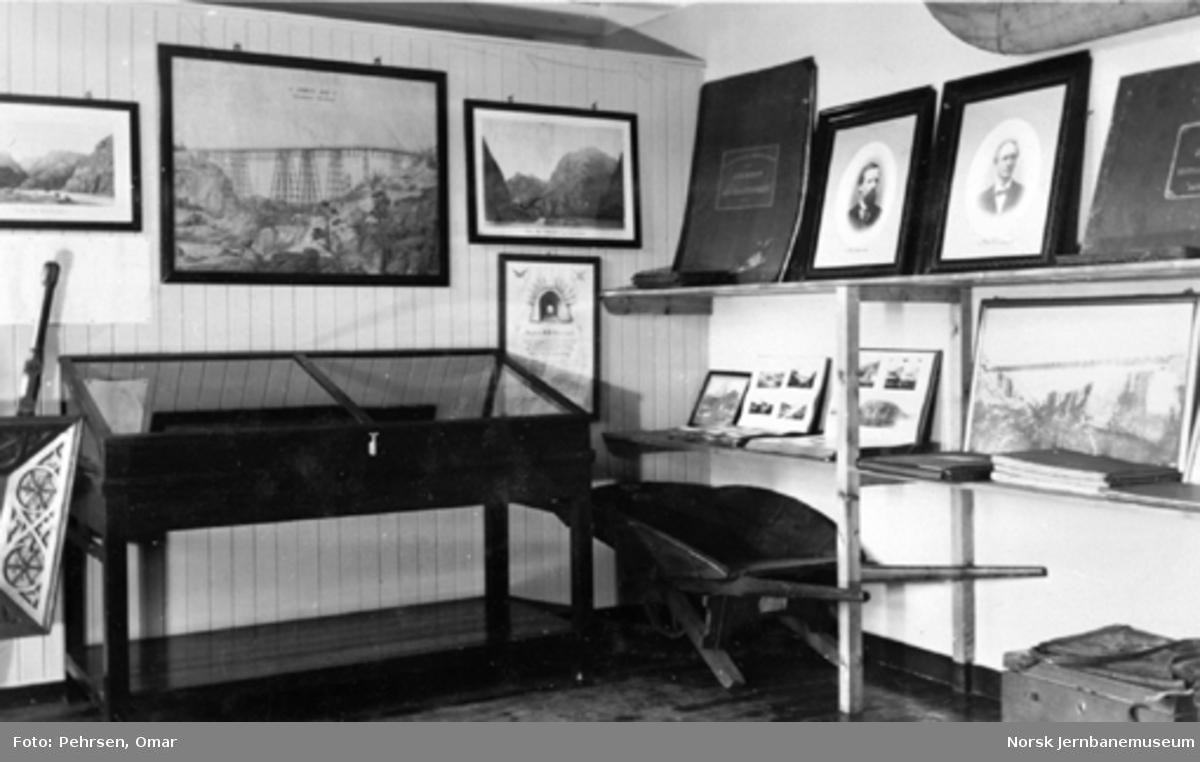 Jernbanemuseet på Disen : Fra utstillingen om anleggene