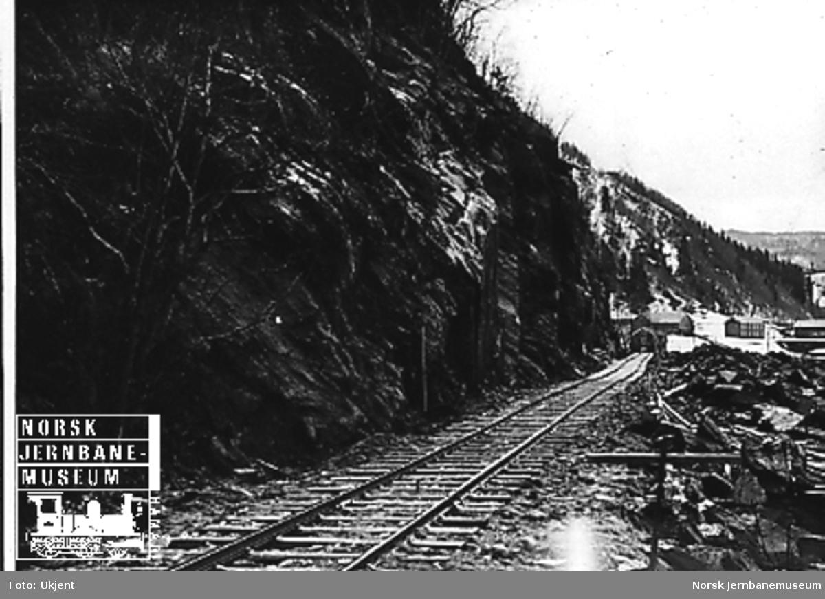 Sprengning av ny linje ved gamle Rognes stasjon, sett fra nord