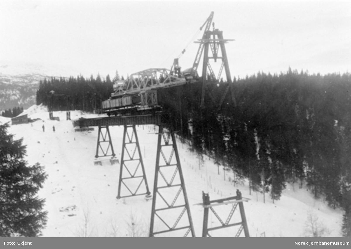 Røttesdal viadukt : montering av 4. pillar
