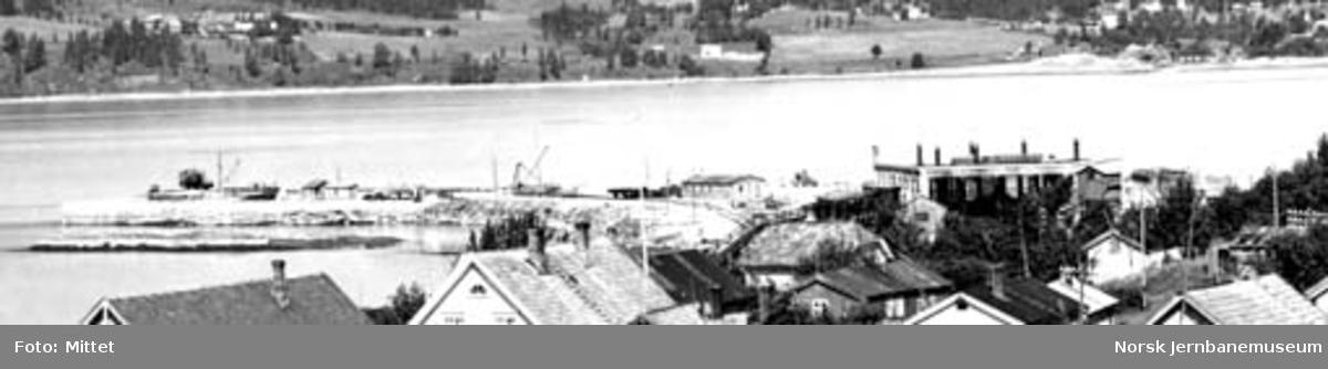 Oversiktsbilde over Mo i Rana med lokstallen på Langnesset