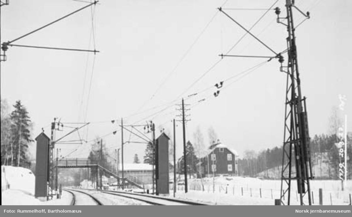 Drammenbanens elektrifisering : kontaktledningsanlegget på dobbeltsporstrekningen