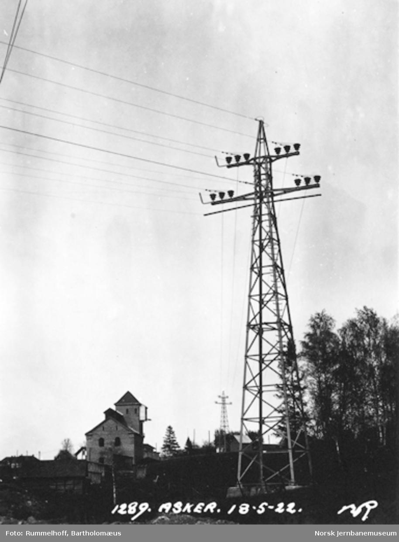 Drammenbanens elektrifisering : kraftledningen Hakavik-Asker