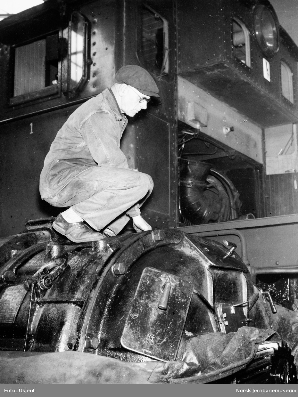 NSB Verkstedet Kvaleberg : verkstedarbeidere
