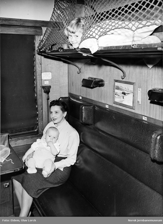 Mødrekupé i personvogn