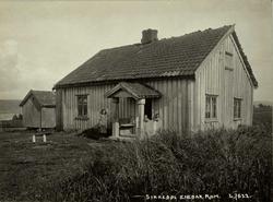 Sikkebøl, Enebakk, Nedre Romerike, Akershus. Lite våningshus