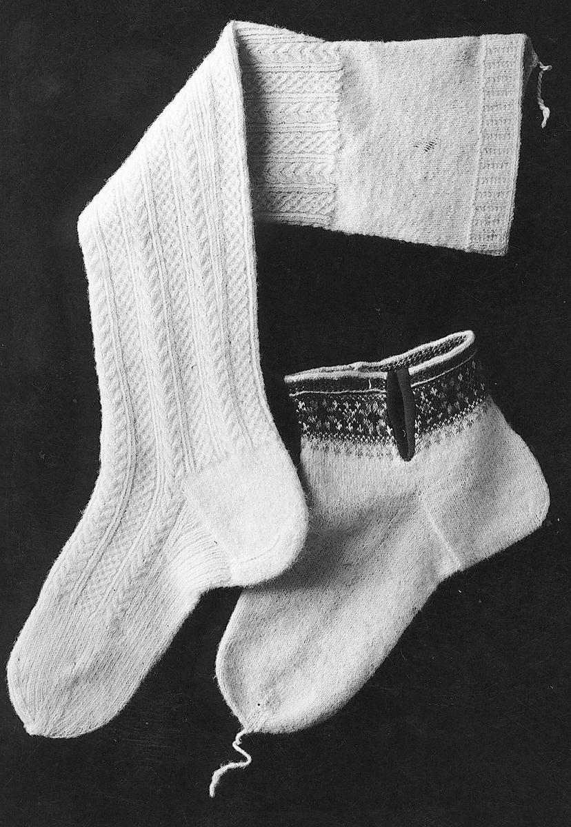 Strømpe og sokk fra Hardanger. Gammel type.
