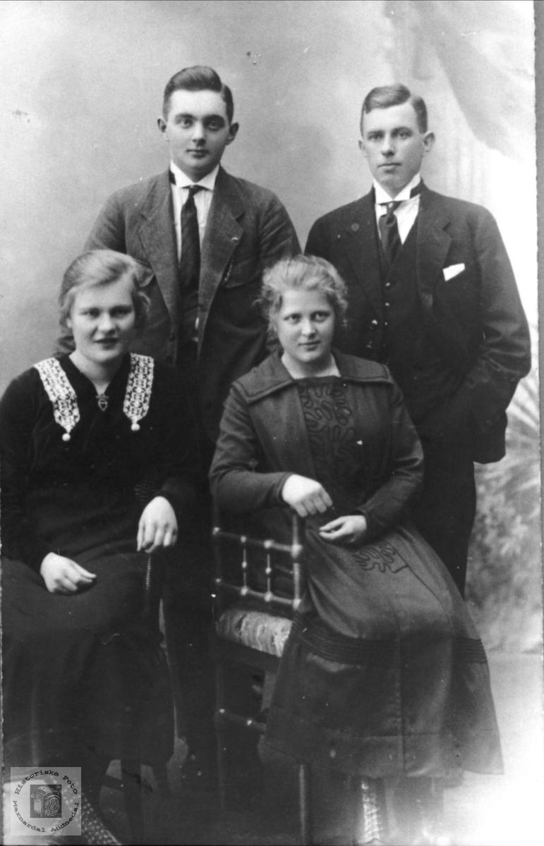 Gruppebilde Finsdal, Øyslebø.