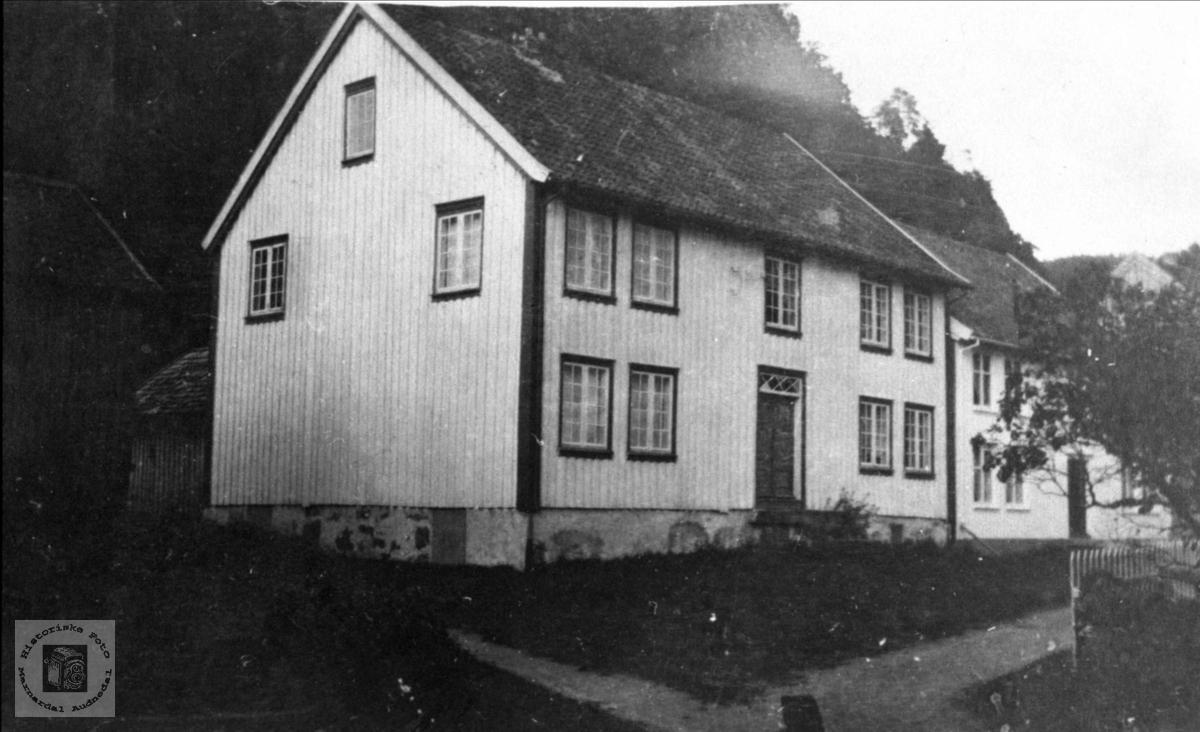 Anna Heddelands hus, Heddeland i Øyslebø.