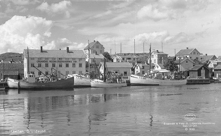 Västra kajen i Grundsund 1955