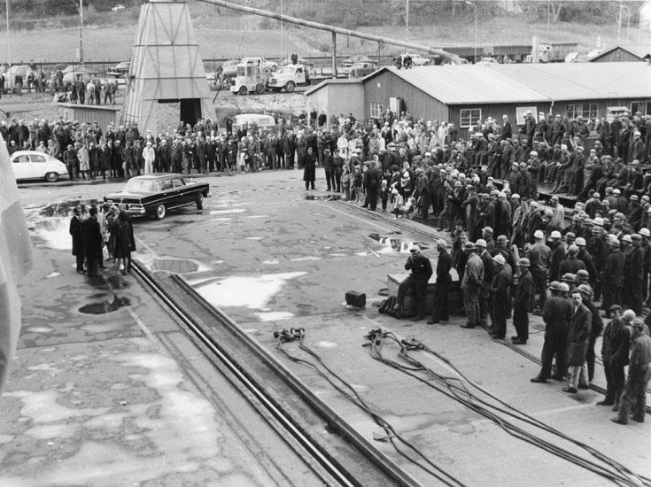 Dop och sjösättning av fartyg 216 OBO Björge Holm.