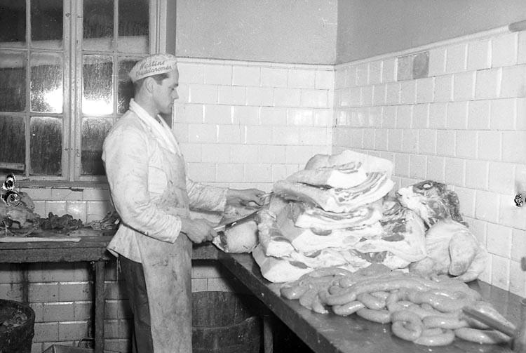 Julförberedelser på Västra Sveriges Slakteriförening (V.S.S. eller VSS) i Uddevalla december 1949.
