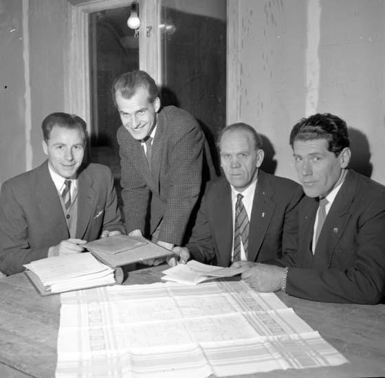 "Enligt notering: ""Klubbhuset Samneröd d 16/1 -59""."