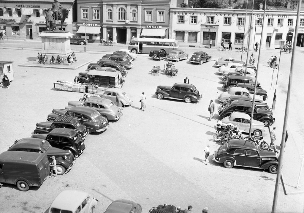 Bilparkering på torget