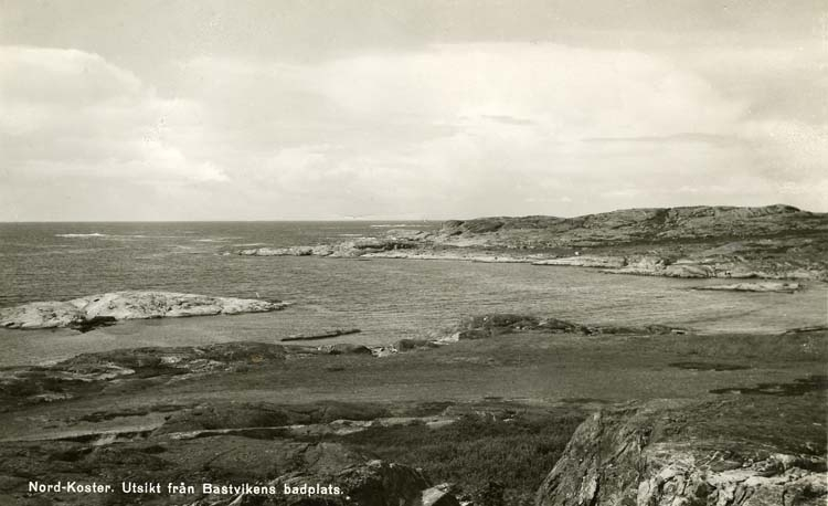 Nord-koster. Utsikt från Bastvikens badplats.