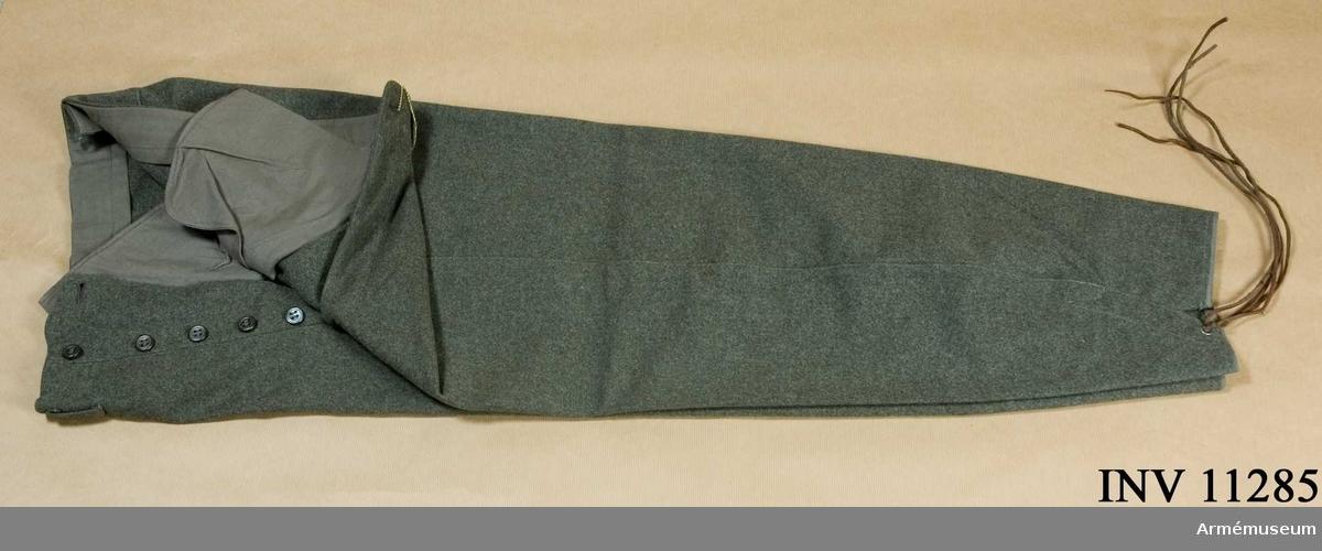 Byxor m/1939, fält-.Grupp C I.Fältbyxor m/1939. Kommiss. Påträffade vid inventering.
